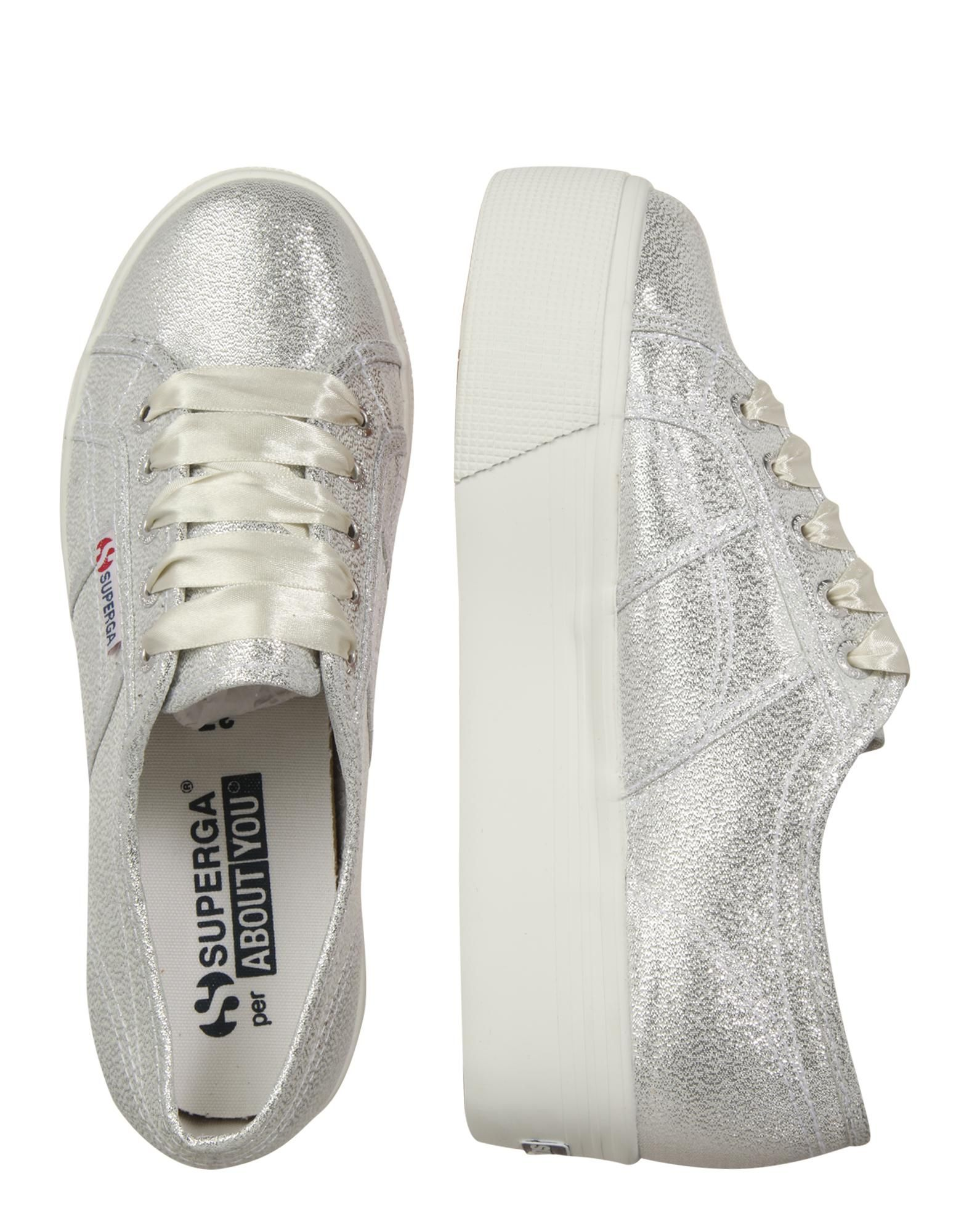 SUPERGA Sneakers laag \'Lamew\' in Zilver / Wit bei ABOUT YOU ...