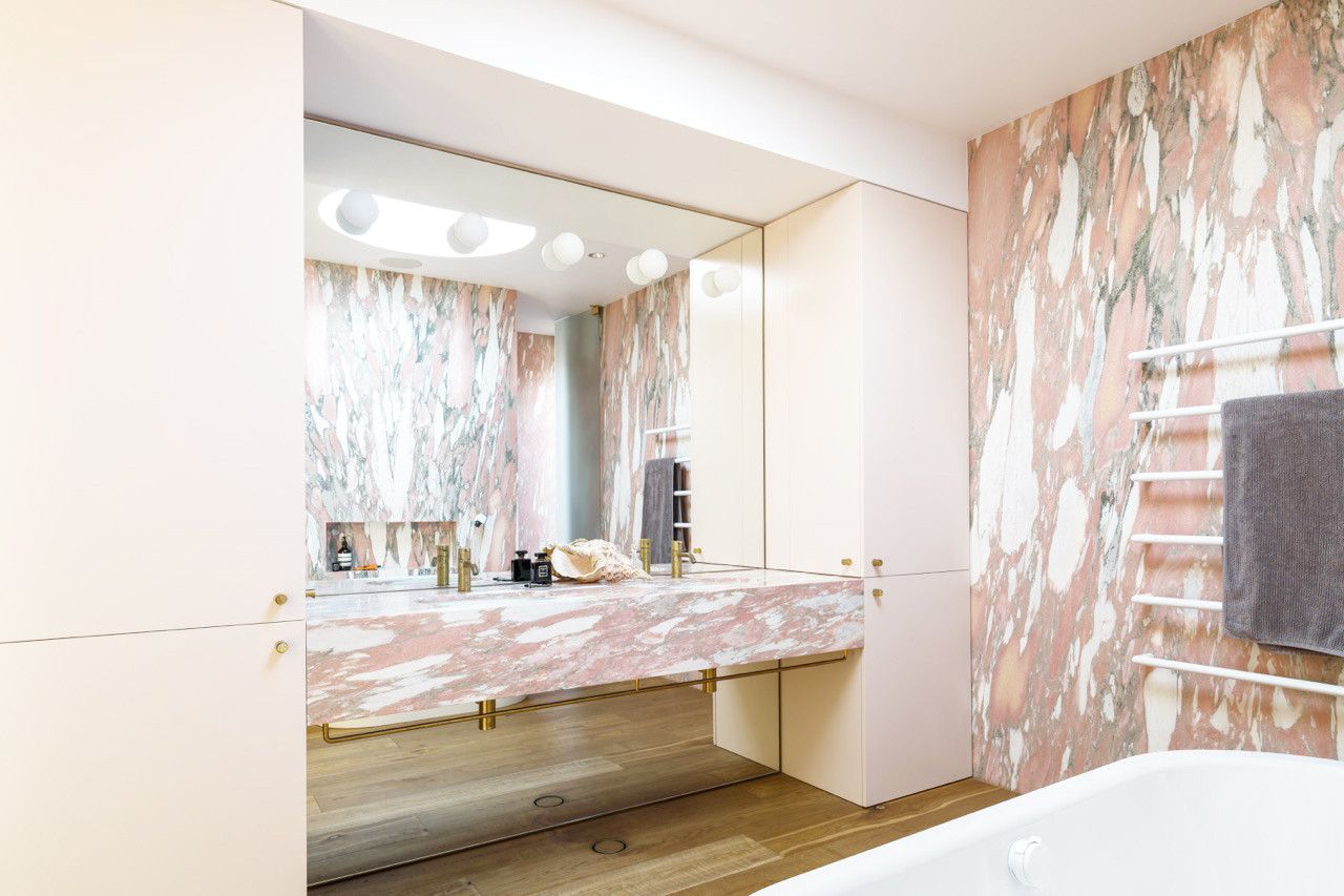 waterfront apartment in Bondi Beach Marble bathroom | Bathrooms ...
