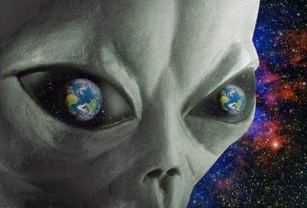 """Pin on Articles/Photo's/Video's of Space or UFO""""S & Aliens"""