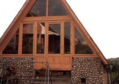 making wooden windows in custom sizes