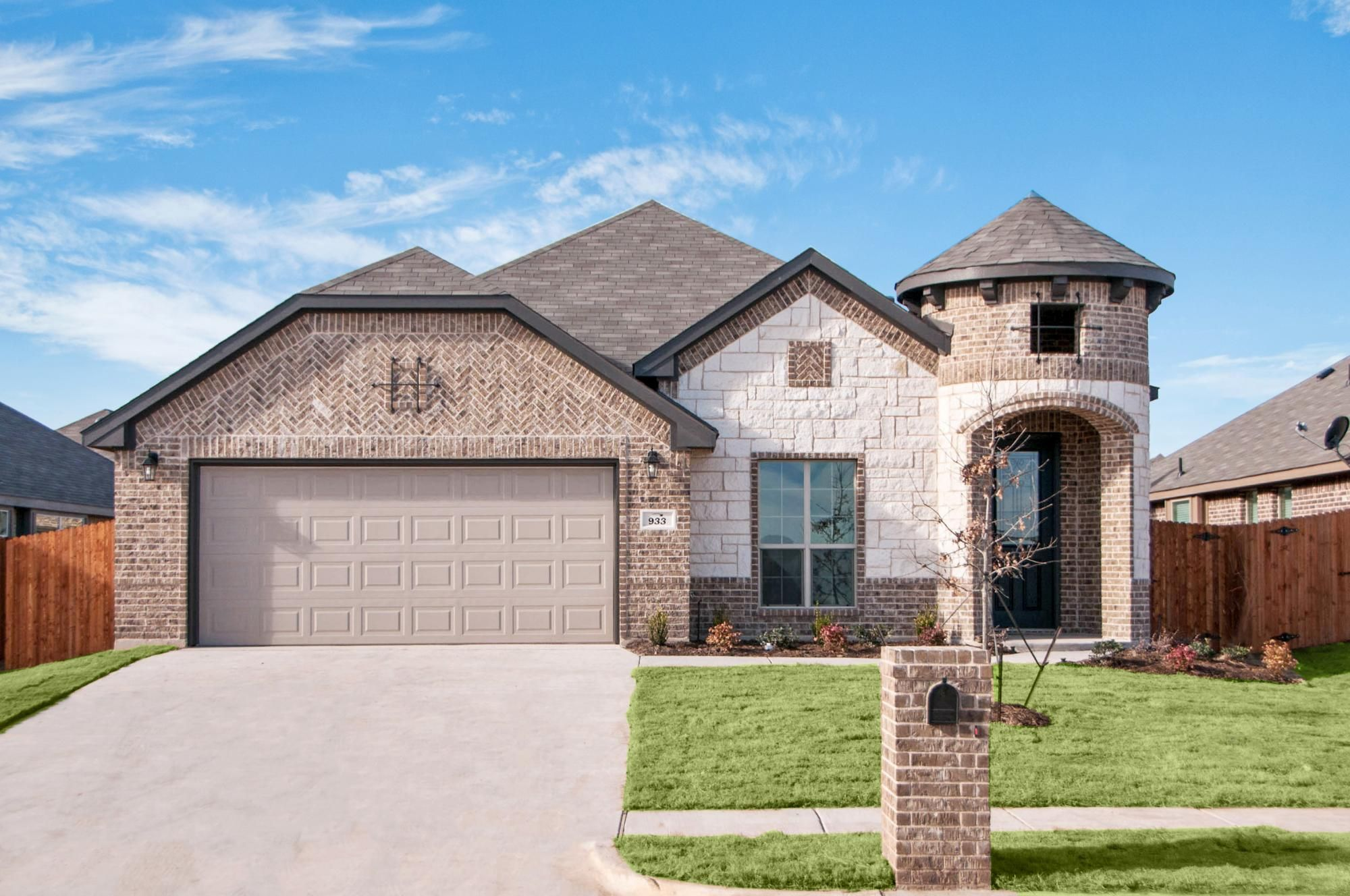 Brown Brick With Dark Trim And White Stone House Exterior Brown Brick House Styles