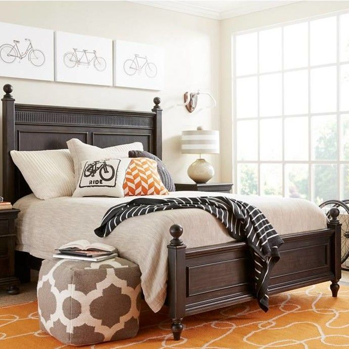 Smiling Hill Panel Bed