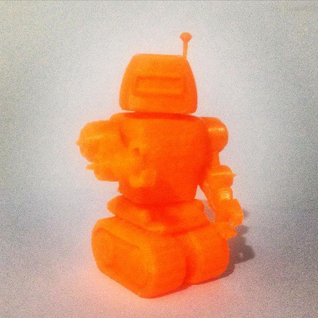 Something we liked from Instagram! Robot Ready!!! #miniartnet #miniart #future #3dprinter #design #designers #robot #enjoying #3dprinterexpirience #3dprinting #toy #toys by keimytorrealba check us out: http://bit.ly/1KyLetq
