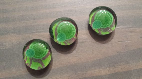 Small glass magnets by Spottedpinkpig on Etsy