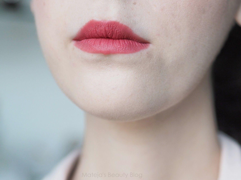 Avon True Color Rouge à lèvres Perfectly Matte Pêche