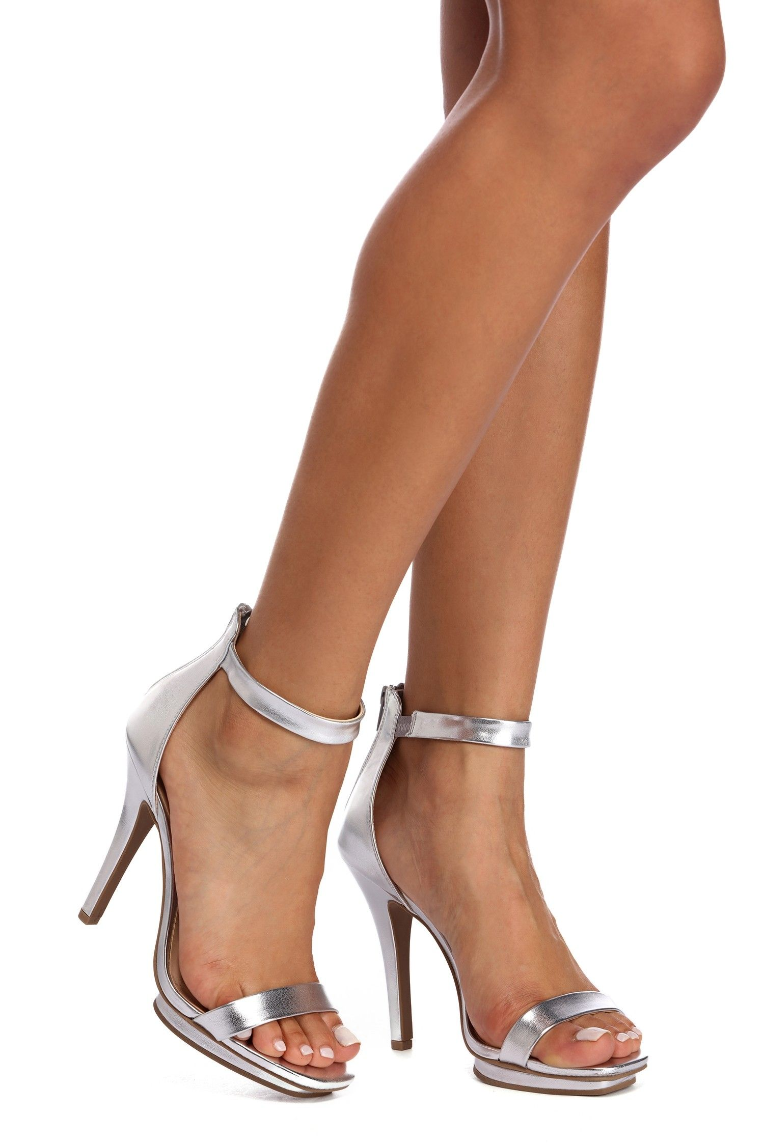 ec29c39890 Mesmerizing Metallic Platform Heels | my style, shoes | Heels ...