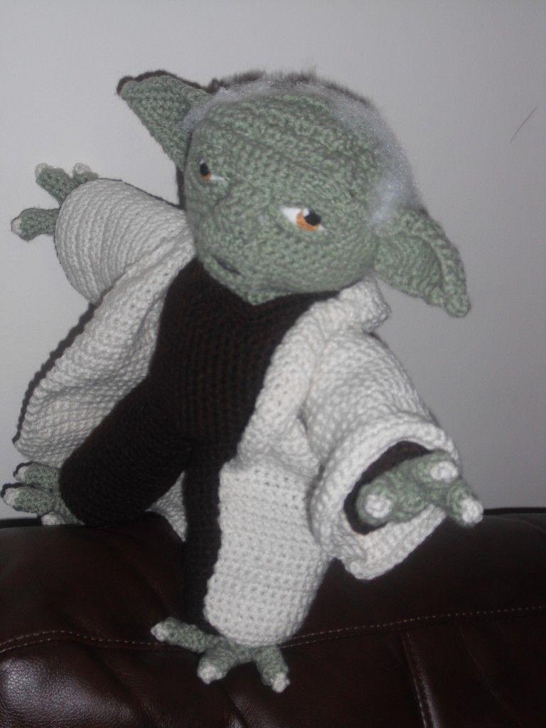 Meister Yoda gehäkelt | Simply Stitch - Wolle, Stoffe & Design in ... | 1024x768