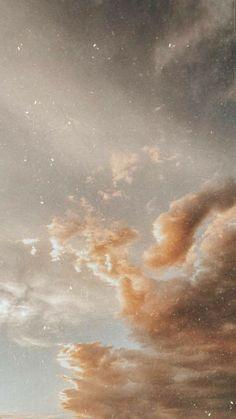 35 Beautiful Cloud Aesthetic Wallpaper Backgrounds