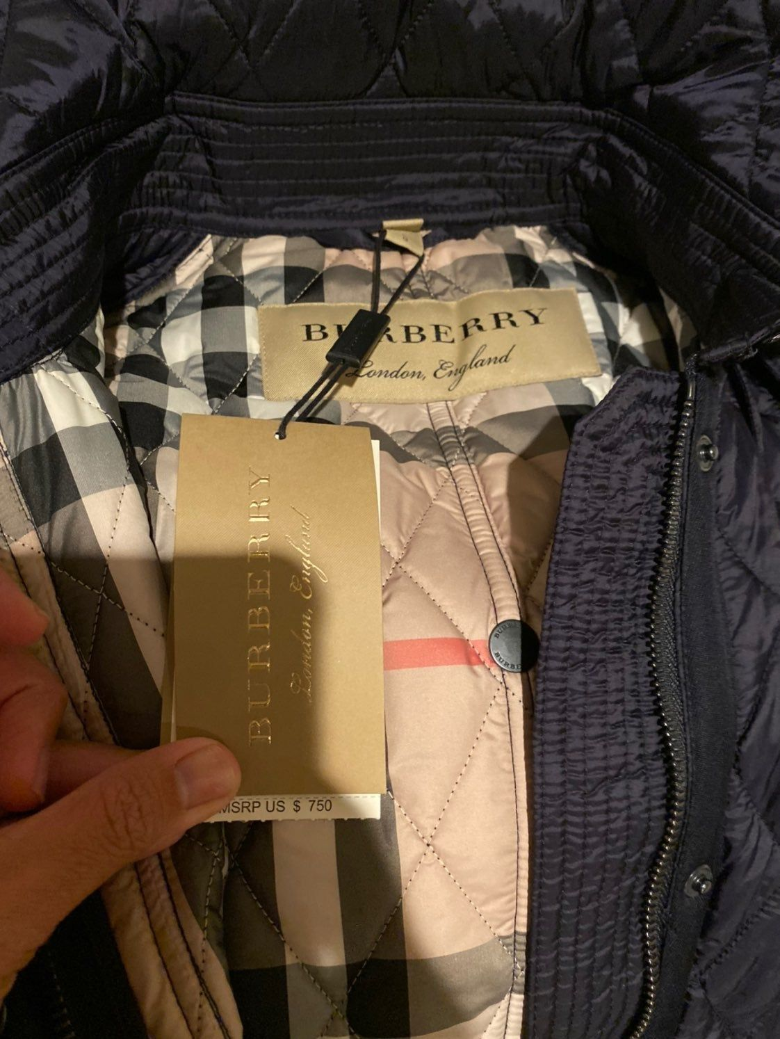 Brand New 100 Authentic Burberry Finsbridge Belted Quilted Check Trench Coat Color Is Ink Blue Looks Almost Black Co Burberry Trench Coat Burberry Trench
