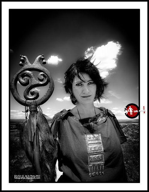 El Yacimiento de Numancia y la Asociación Cultural Celtibérica Tierraquemada representando la Historia.    https://www.facebook.com/pages/Yacimiento-de-Numancia/147019262028534?ref=ts=ts  http://www.numanciasoria.es/  https://www.facebook.com/acctierraquemada  @ACTierraquemada  www.numantinos.com      Fotos:http://fotografea.blogspot.com.es/2012/08/numancia-girl-power.html?m=1