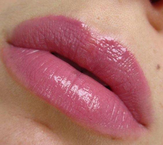 Perfect Rouge Lipstick by Shiseido #10