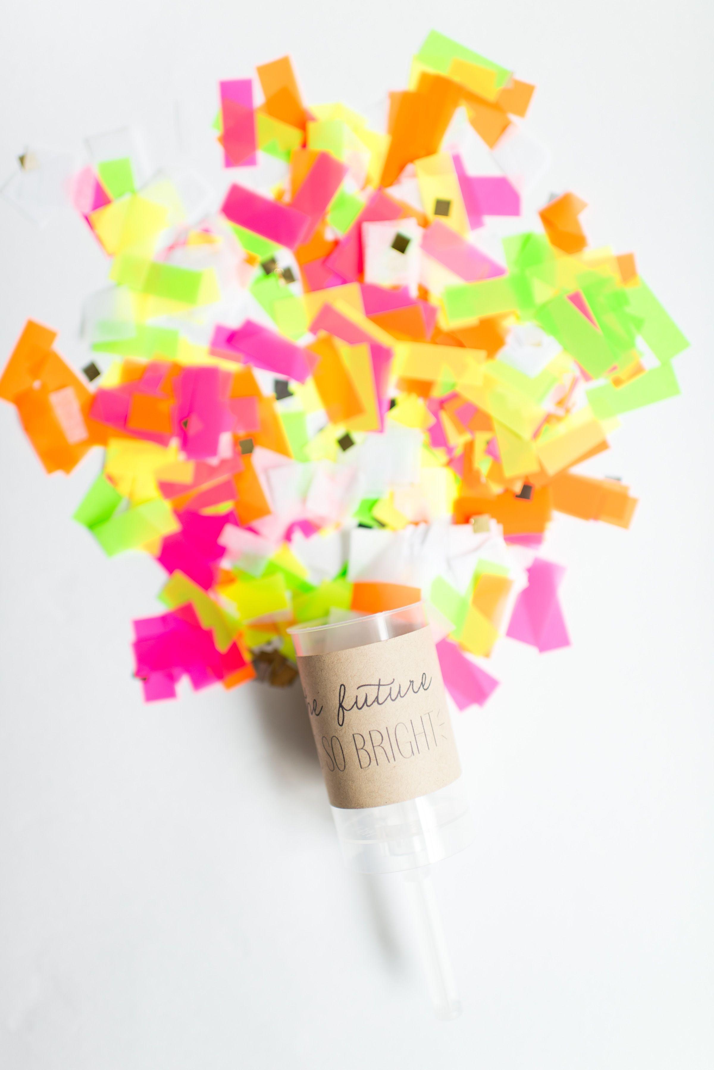 97da19b4c937  DIY Push-Pop Confetti