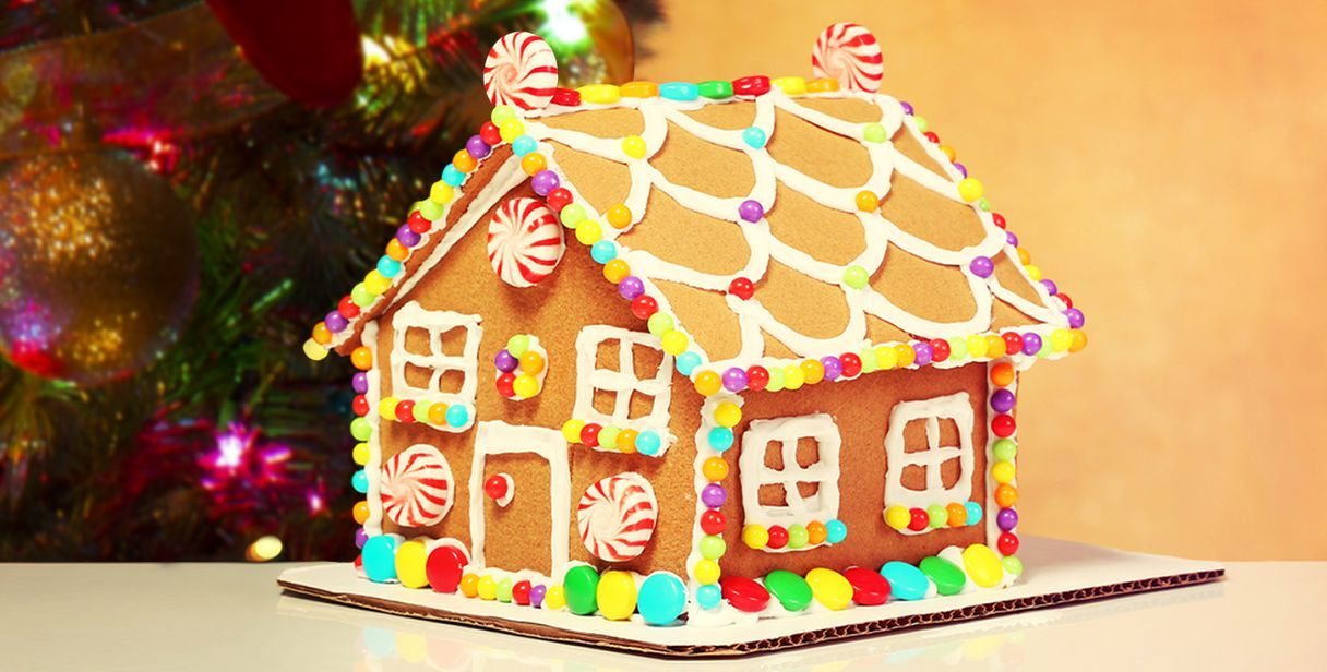 Gingerbread house - http://www.piccolericette.net/piccolericette/gingerbread-house/