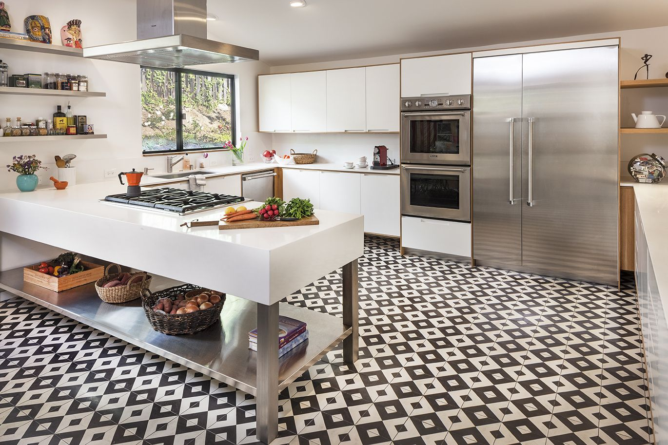 renovated midcentury kitchen with black and white tiles laundry rh pinterest com black and white kitchen tile black and white kitchen tiles design