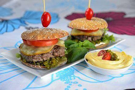 Resepti: Reissari-burger