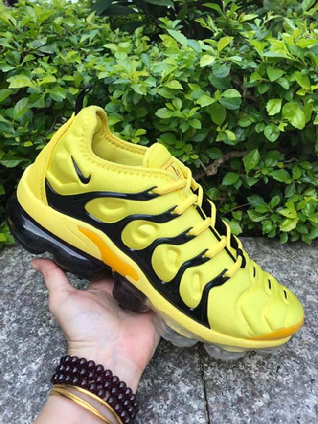 Nike, Nike air vapormax, Running shoes
