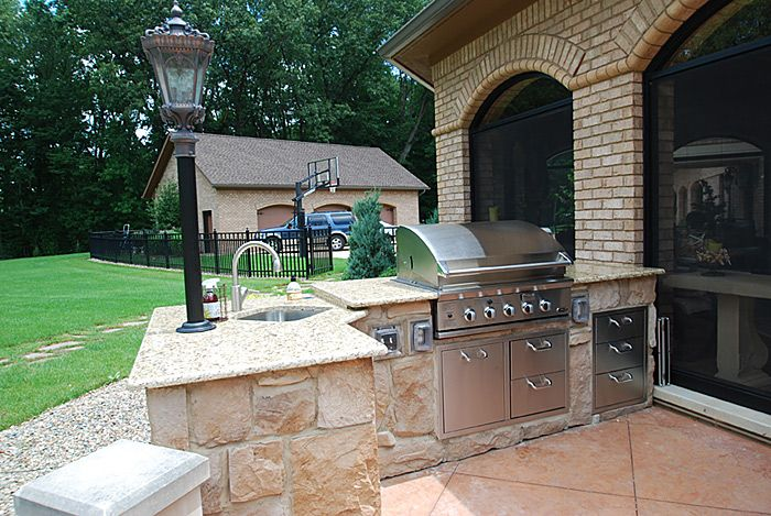 16 Foot L Shaped Cooking Area By Outdoor Dreamscapes Modular Outdoor Kitchens Outdoor Kitchen Design Outdoor Kitchen Kits