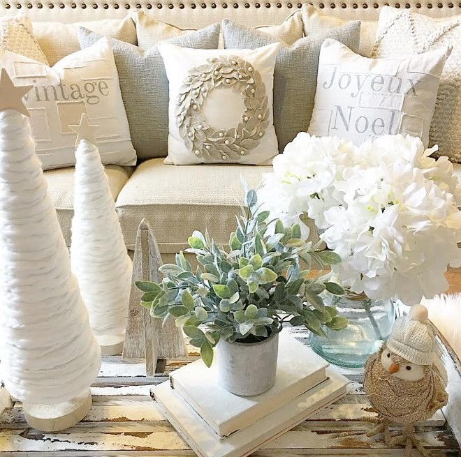 neutral christmas decor - Neutral Christmas Decor