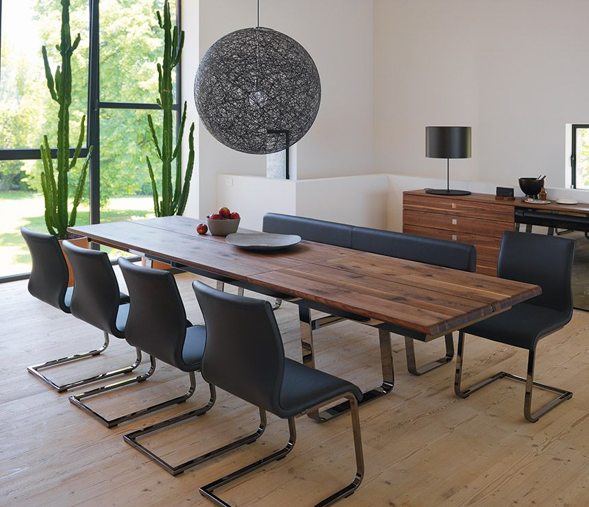 Nox Dining Table