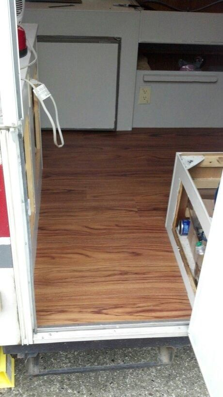 New Hardwood Floors Installed In The Pop Up We Have A 96 Jayco Eagle Remodeled Campers Floor Installation Popup Camper