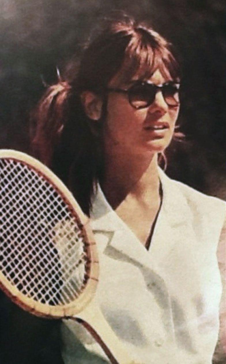 8b17af6f494 Jean Shrimpton in Hola magazine