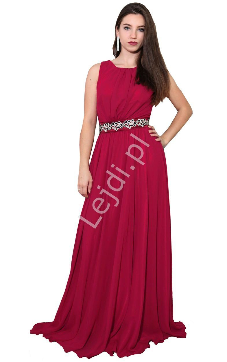 109d401fbb Suknia wieczorowa w stylu Kate Middleton. Długa czerwona sukienka wieczorowa.  An evening dress in the style of Kate Middleton. A long red evening dress.