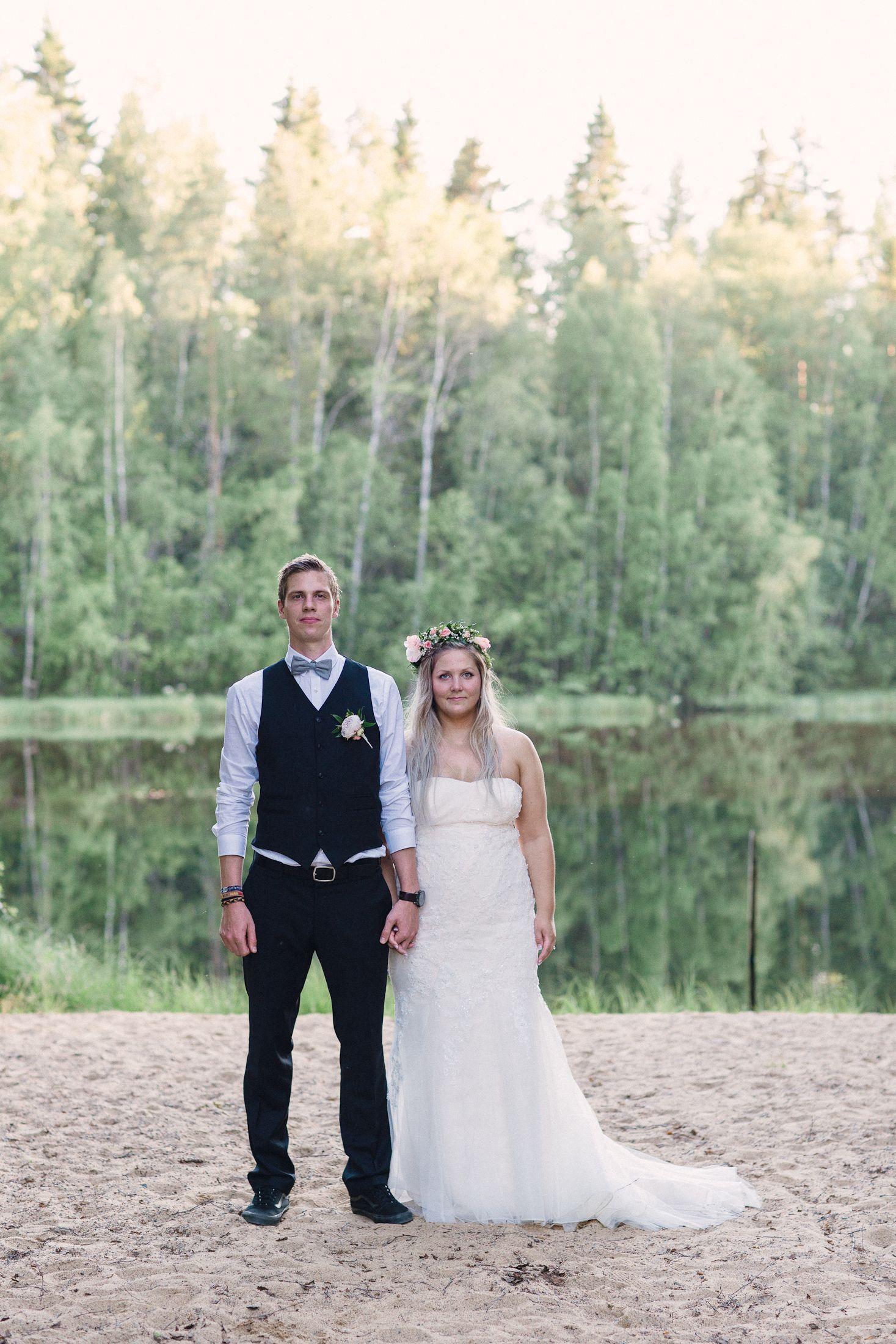Nordic Wedding couple   I   Petra Veikkola Photography    www.petraveikkola.com  #hääkuvajaa #weddingphotographer #hääkuva #seinäjoki #hääkuvaajatampere #kuvaajahelsinki