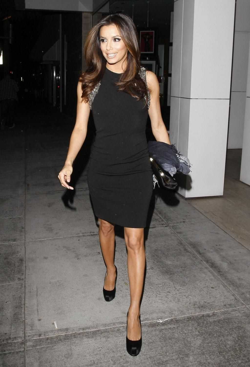 eva longoria style - little black dress #evalongoria #celebrity