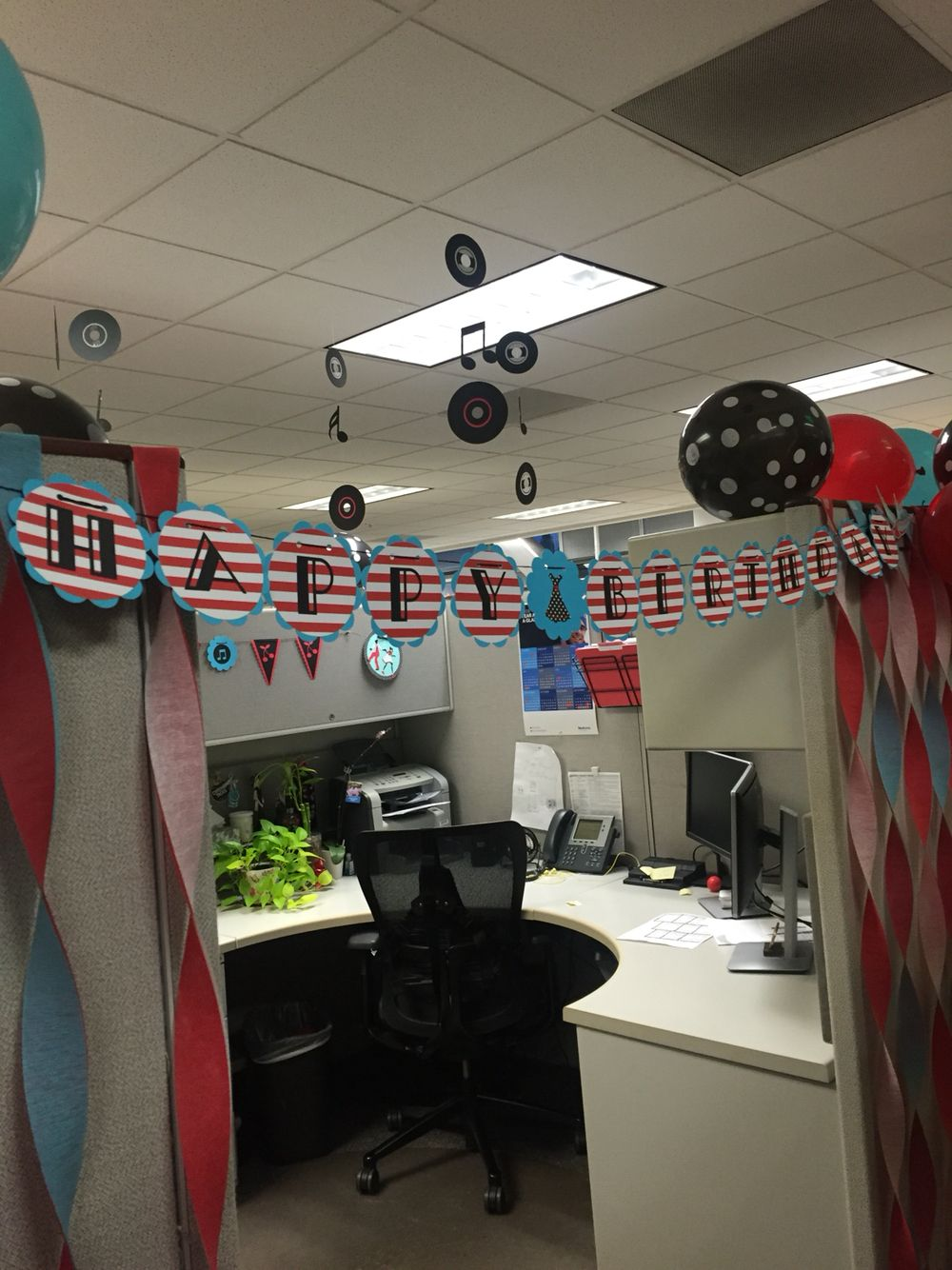 Rockabilly Birthday Theme For Cubicle