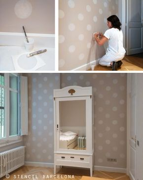 Pared color piedra pintada con topos blancos por - Pintar pared dormitorio ...