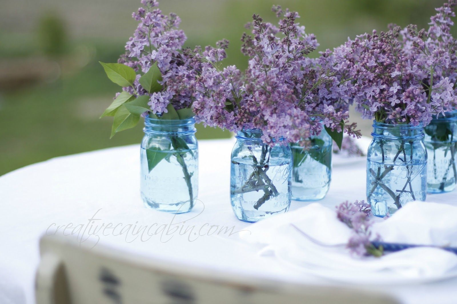 Use Lilac's to Create an Easy Centerpiece | Our wedding ...