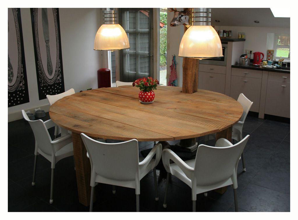 Ronde tafel van massief eiken tafels pinterest for Tafel van steigerplanken