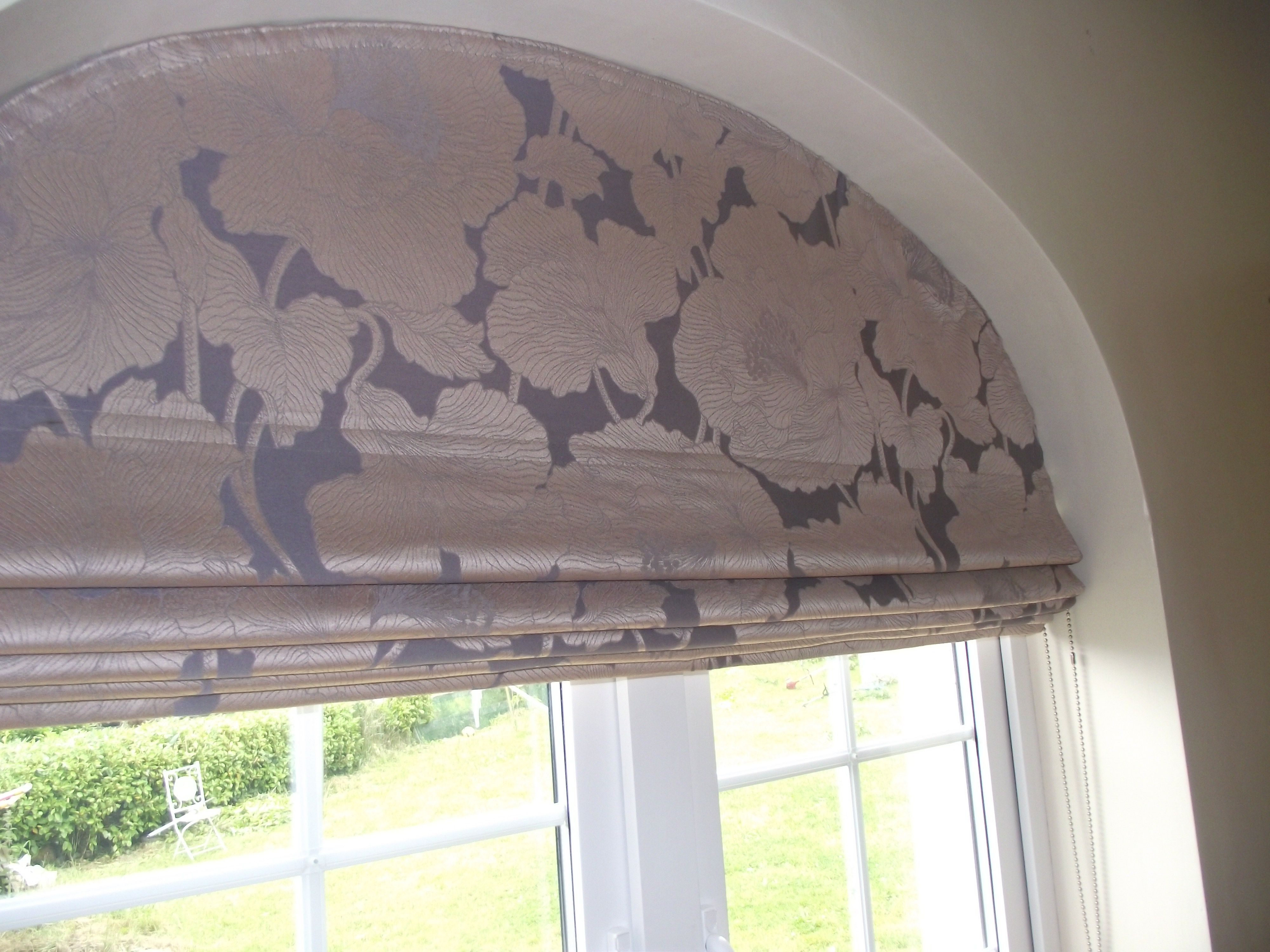 Roman Blind For An Arched Window Arched Window Coverings
