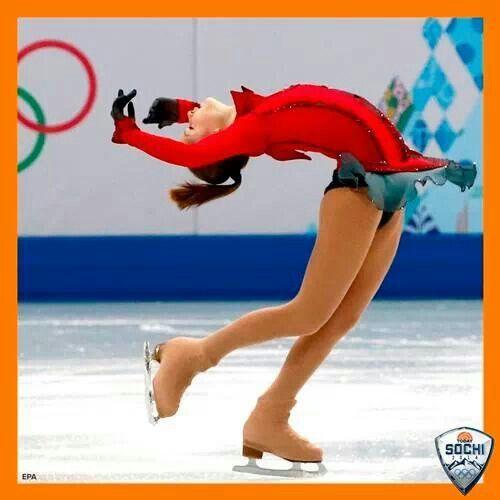 Figure skater, 15, wows home fans | Russian figure skater