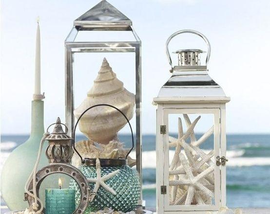 Strandlook Interieur Inspiratie : Ideen met schelpen. top seashells on a craft wood letter big diy