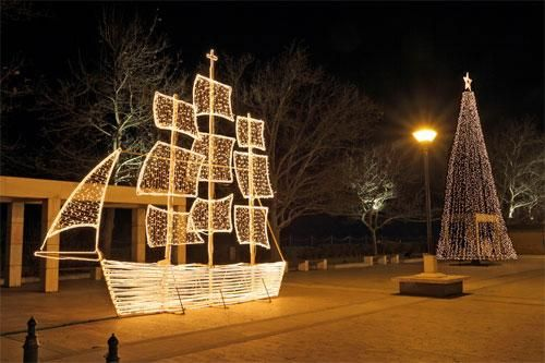 Christmas Boat Greece.Christmas Boat Tradition Makes A Comeback In Greece All