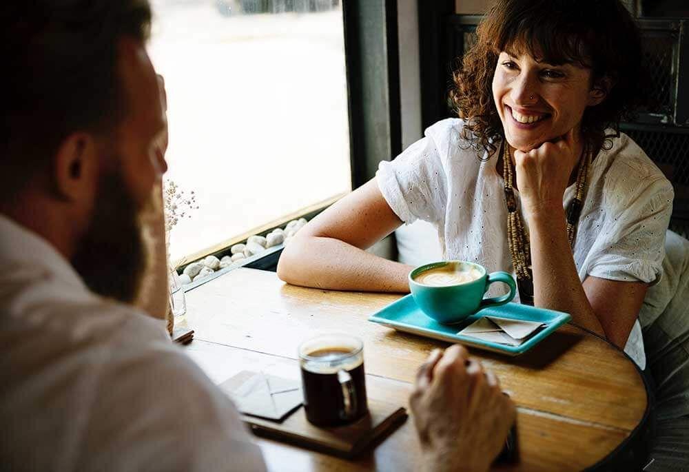 12 Online-Dating Sicherheits-Tipps und Regeln für Frauen