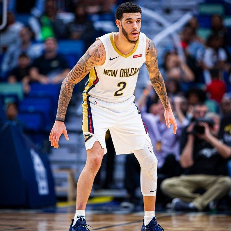 Lonzo Ball Pelicans Fanpage On Instagram Lonzo With 5 Steals So Far Tonight In 2020 Lonzo Ball Lamelo Ball Basketball Players Nba