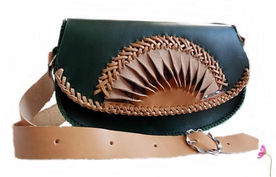 714f888ea bolso de cuero cuero de vaquetilla,tireta de piel cosida a mano  artesanal,patrones propios