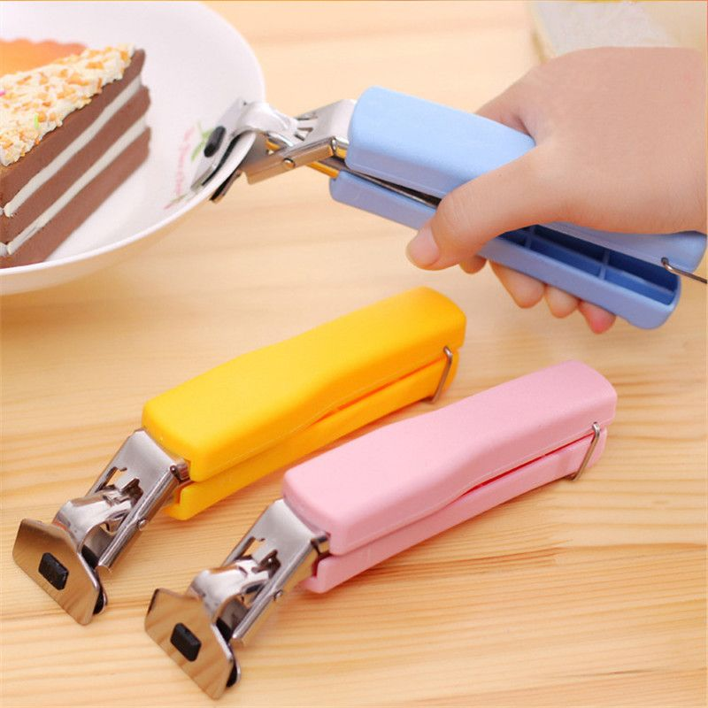 Useful Anti Skip Dish Clamp Kitchen Multifunctional Microwave Oven Scald Hot Clip