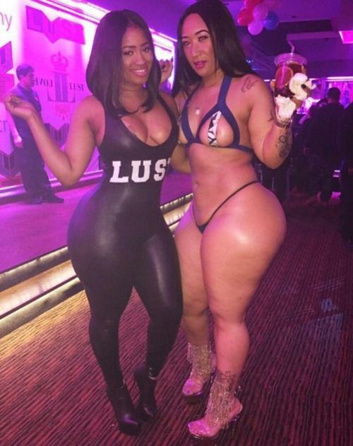 Fat horny mature women