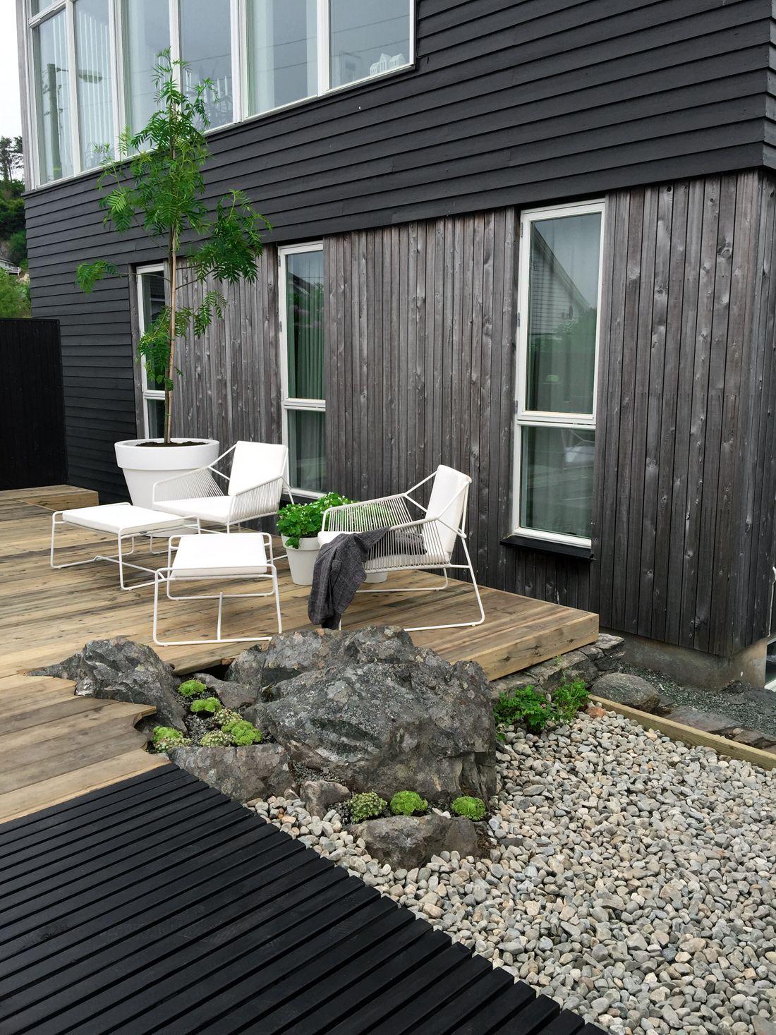 Modern garden house  Therese Knutsen  TV GARDEN DESIGN AT TV  Garður  Pinterest  TVs