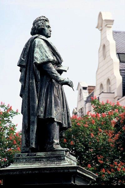 The Beethoven Monument In Bonn Germany Germany Beethoven Culture