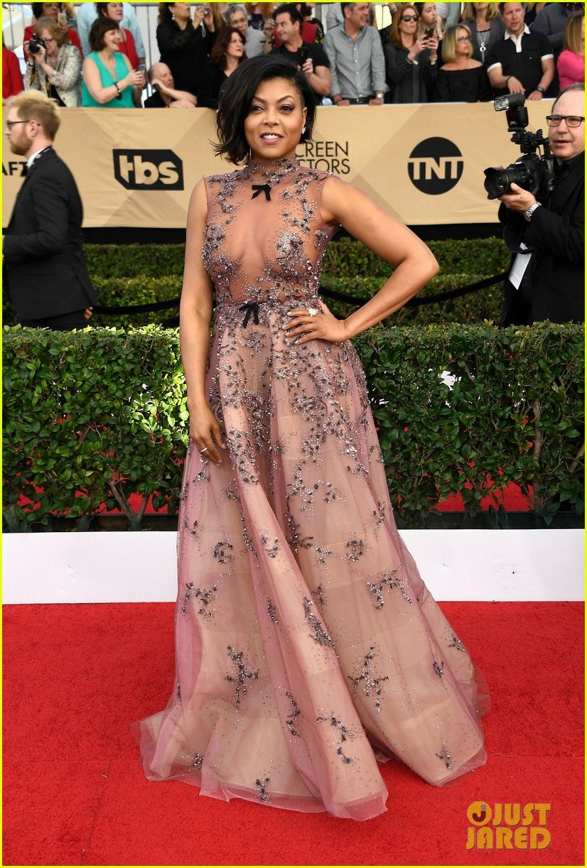 Hidden Figures' Taraji P. Henson Thanks Rihanna Before SAG Awards 2017