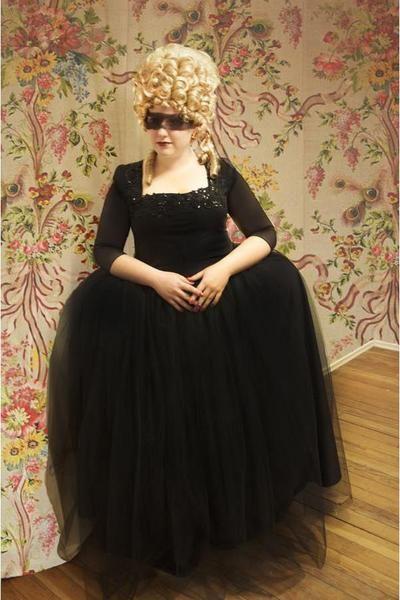 Marie antoinette masquerade ball dress go mask yourself marie antoinette masquerade ball dress solutioingenieria Gallery