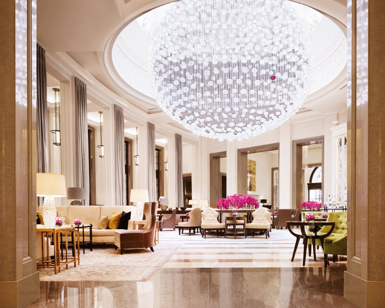 World S Best Lighting Design Ideas Arrive At Milan Modern Hotels The Lobby Lounge Corinthia Hotel London