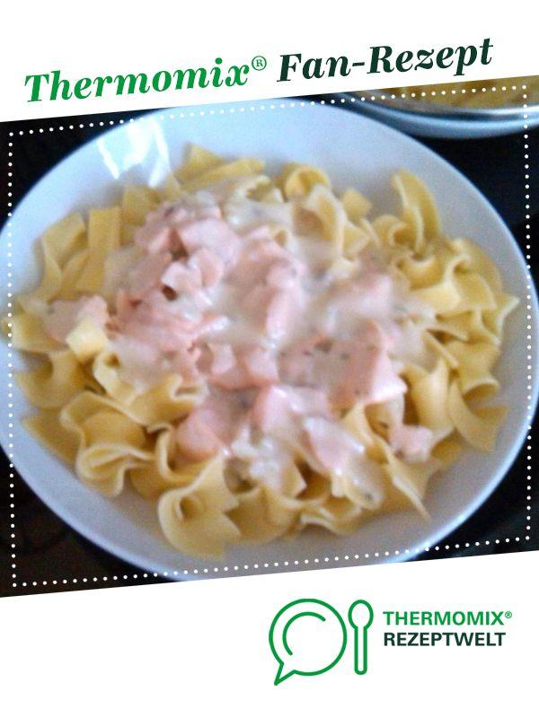 Photo of Tagliatelle with salmon sauce
