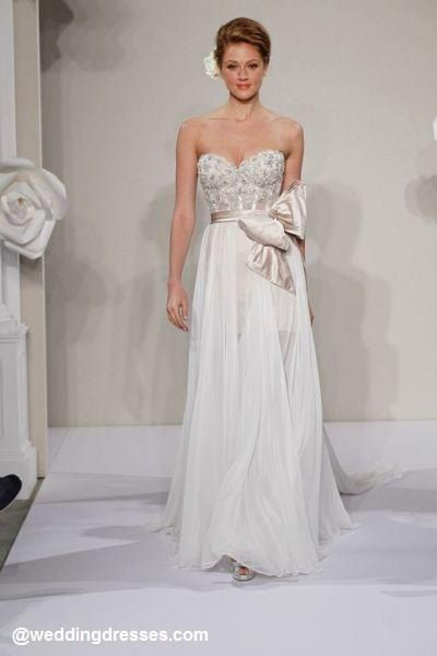 I will have a Pnina Tornai for my wedding day <3
