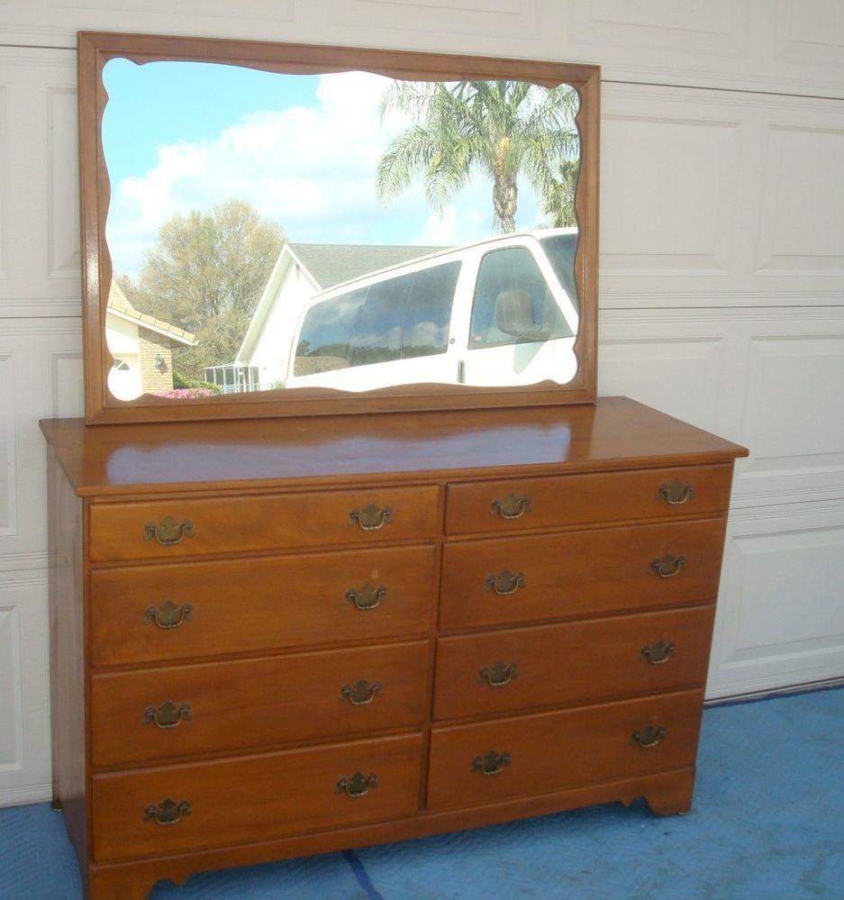 Ethan Allen Baumritter 8 Drawer Maple Wood Dresser And Mirror