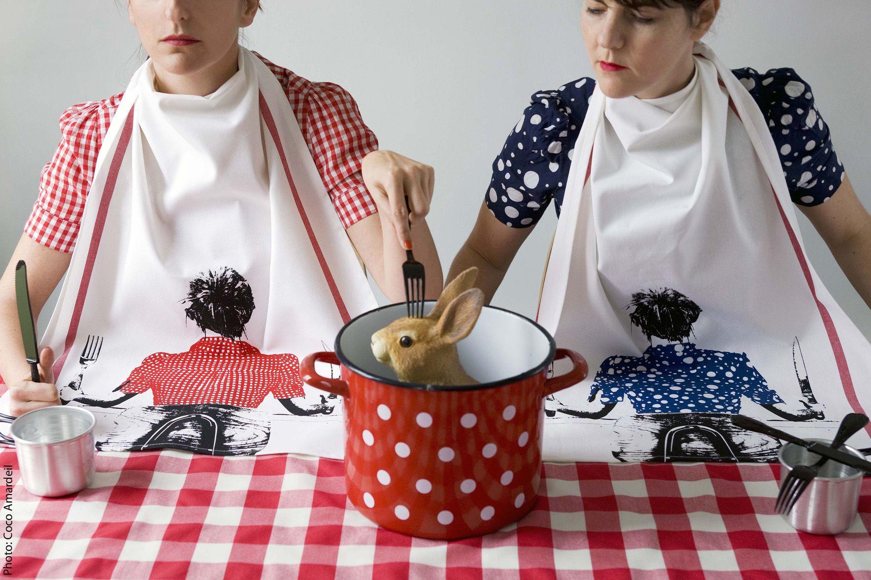 Torchon / tea towel babette - © la cerise sur le gâteau - Anne Hubert - photo: Coco Amardeil